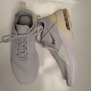 Nike Air Max Motion 2 Running Sneaker Shoe